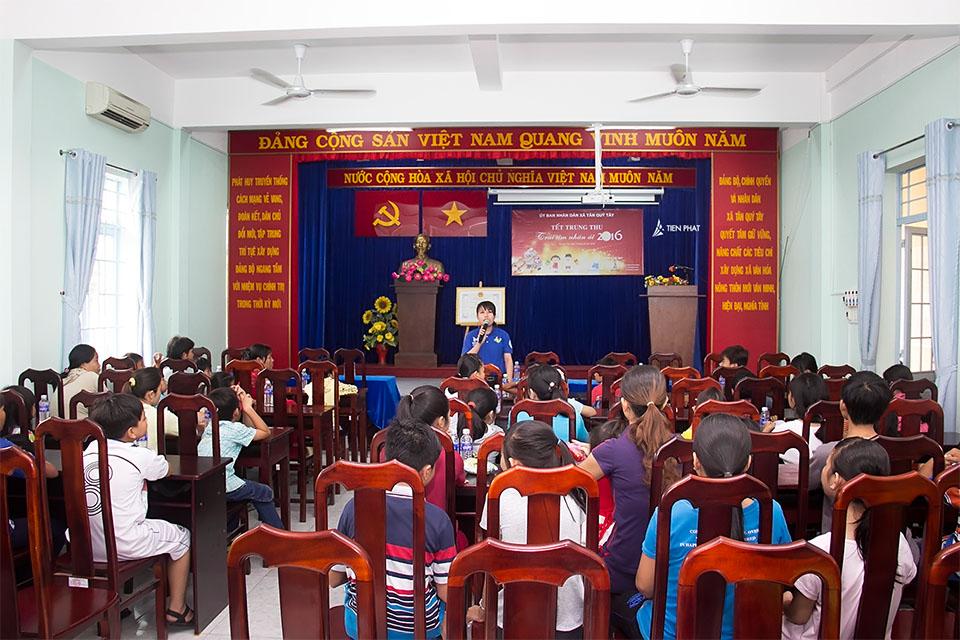 Tiến Phát Corp. từ thiện trung thu tại huyện Bình Chánh 1