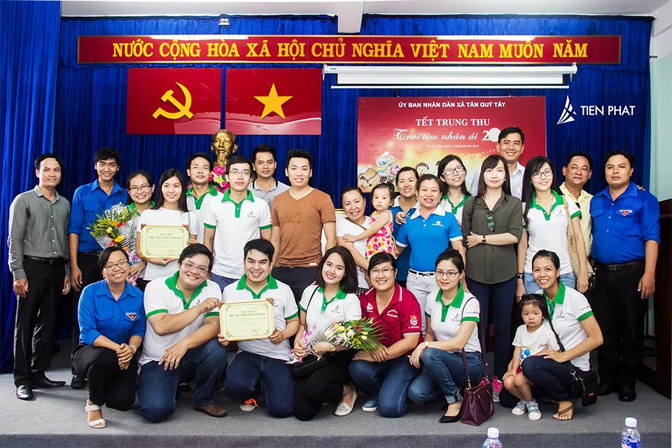 Tiến Phát Corp. từ thiện trung thu tại huyện Bình Chánh 7